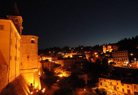 Anghiari at night
