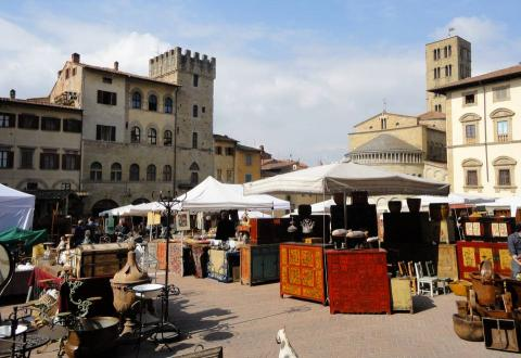 Arezzo on Antique Market day